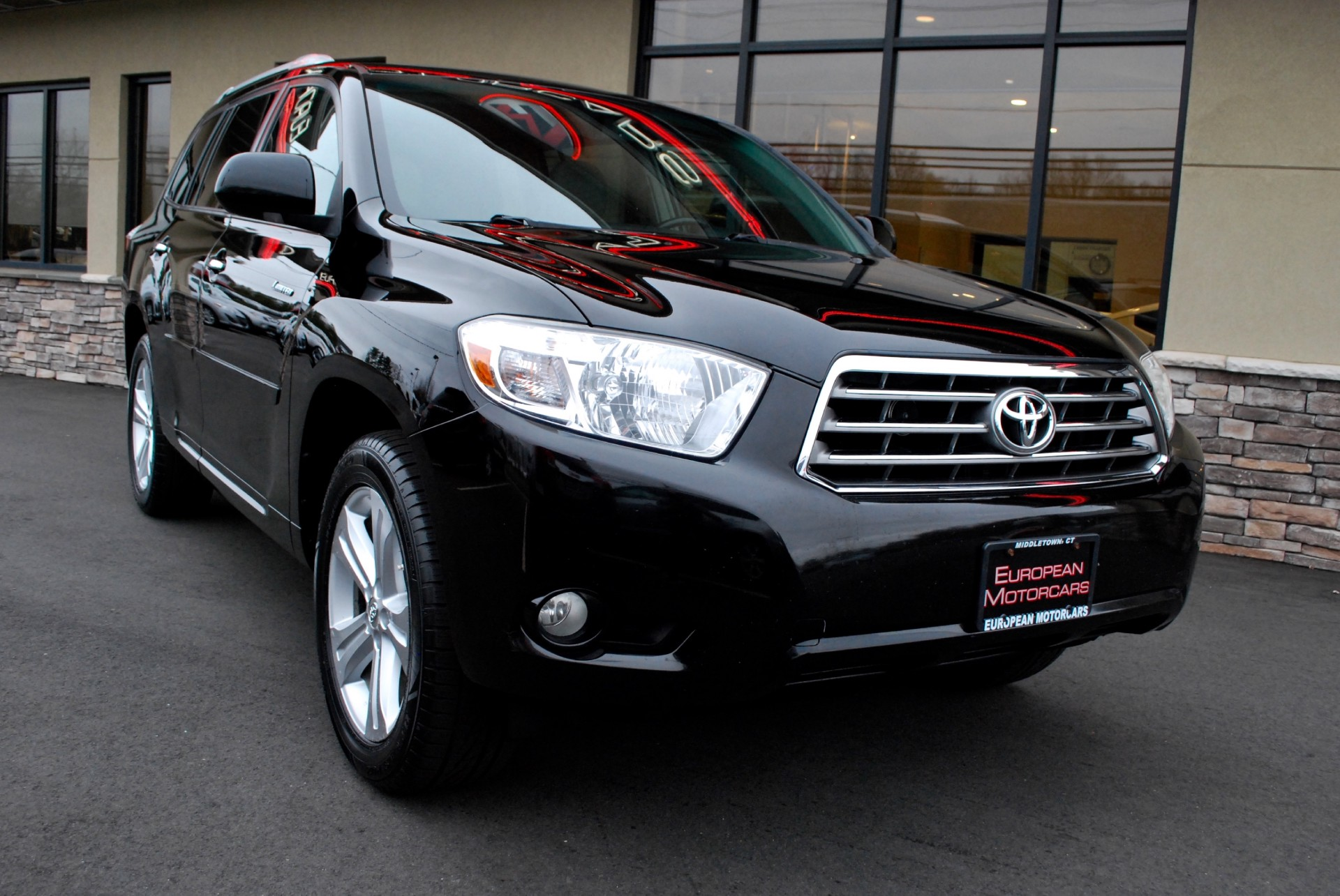 2010 toyota highlander for sale with photos carfax autos post. Black Bedroom Furniture Sets. Home Design Ideas
