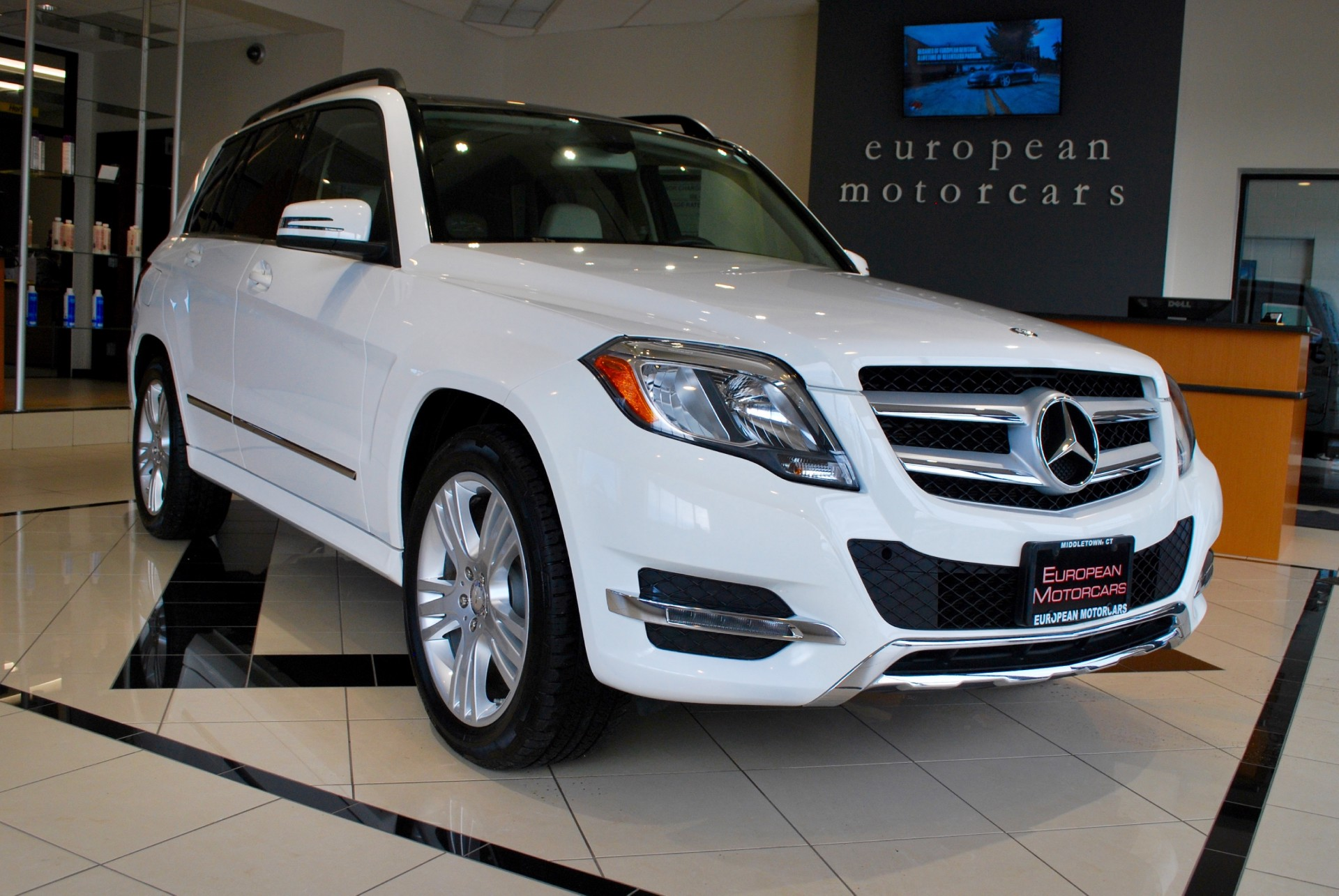 2014 mercedes benz glk 350 4matic for sale near middletown for Mercedes benz glk 350 maintenance schedule