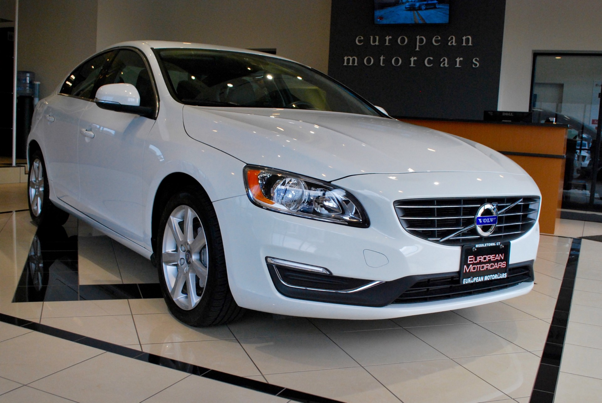 2016 volvo s60 awd t5 premier for sale near middletown ct for Euro motors collision center