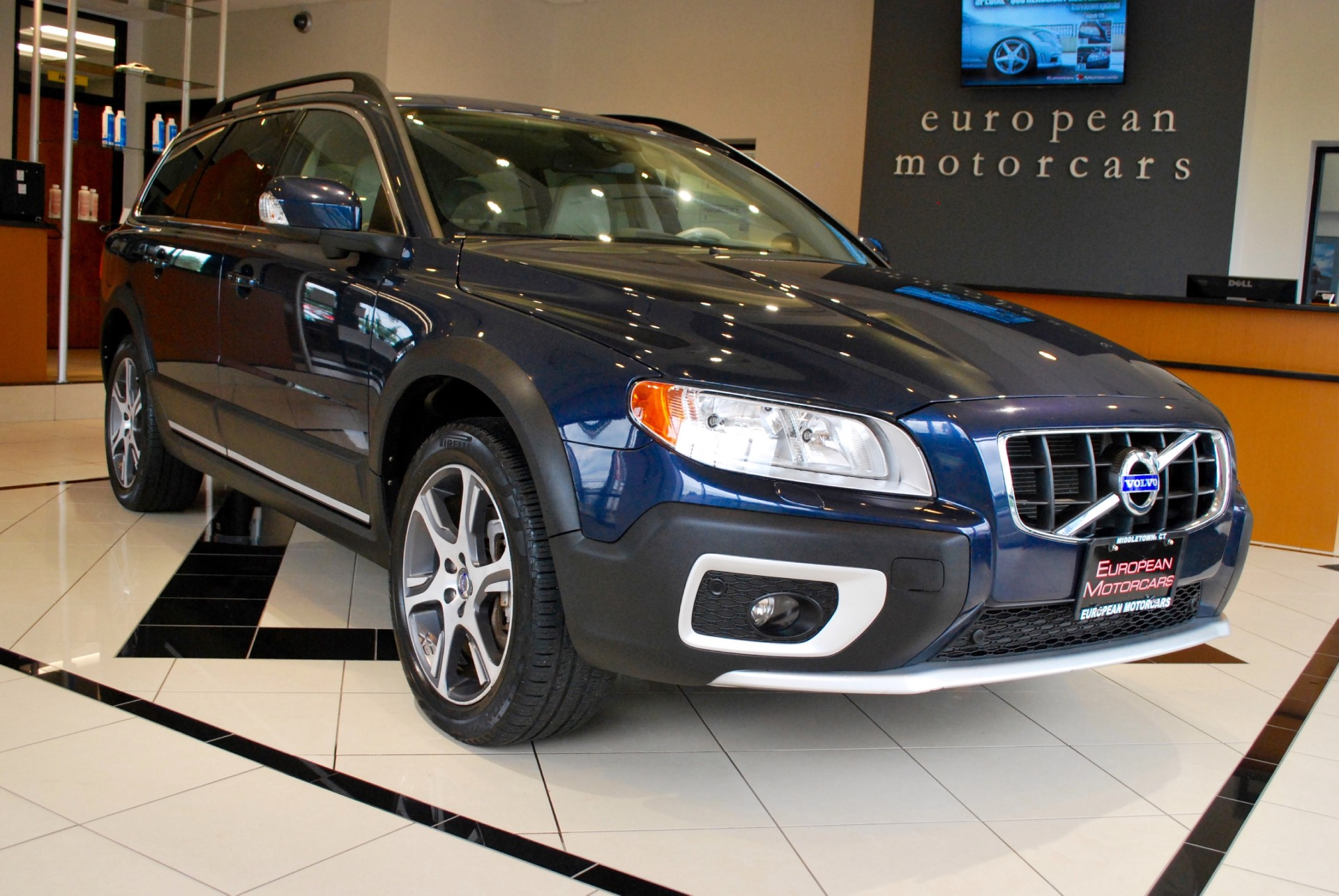2012 volvo xc70 t6 premier plus for sale near middletown for Euro motors collision center