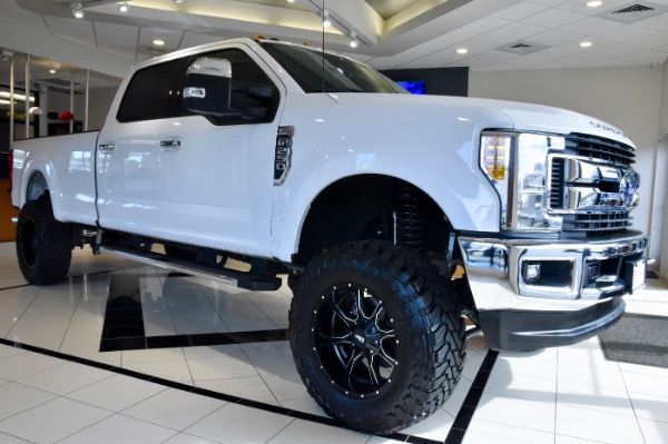 2017 Ford F-250 Super Duty CUSTOM LIFTED