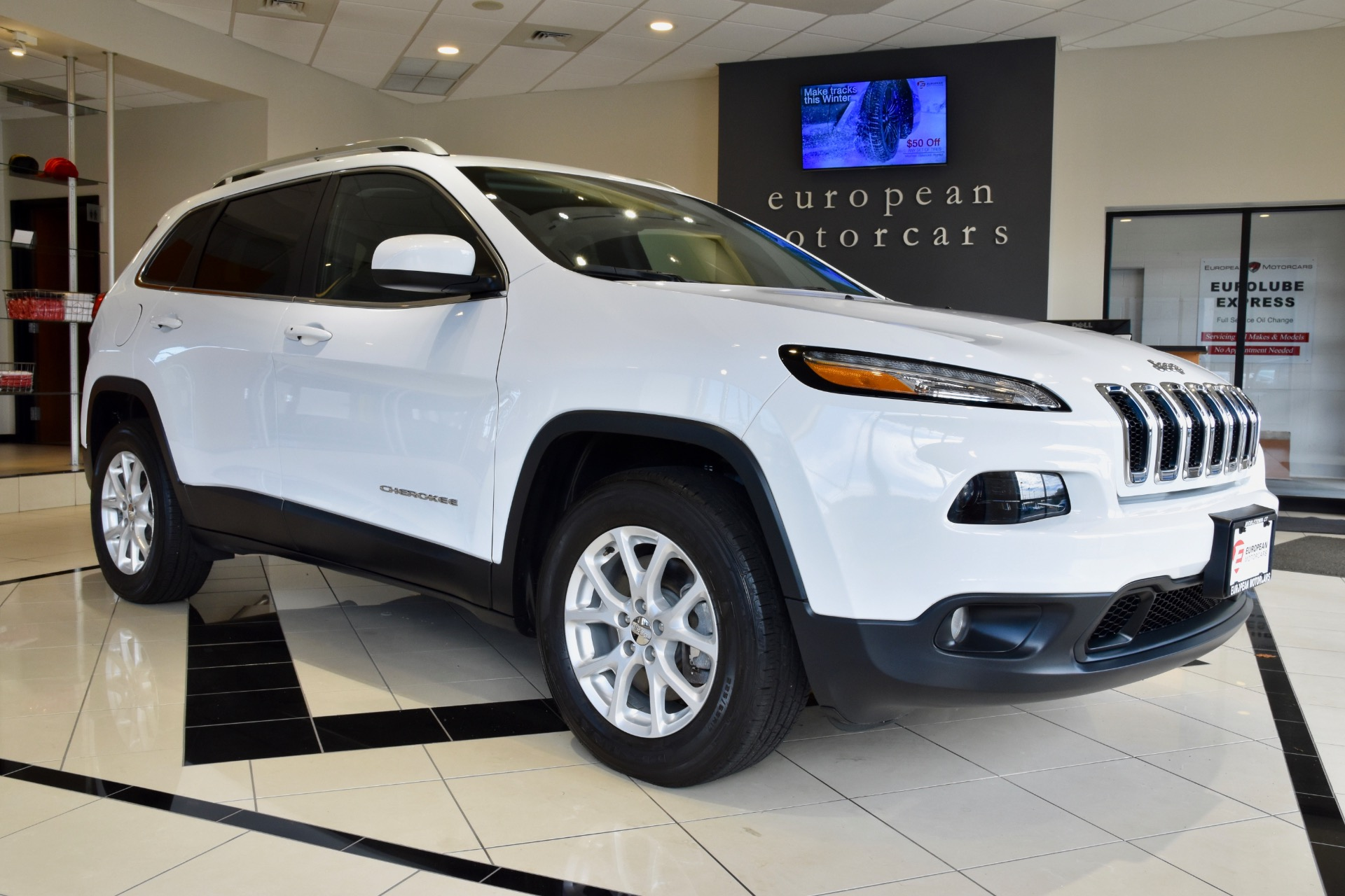 2016 jeep cherokee latitude for sale near middletown ct ct jeep dealer stock 371638. Black Bedroom Furniture Sets. Home Design Ideas