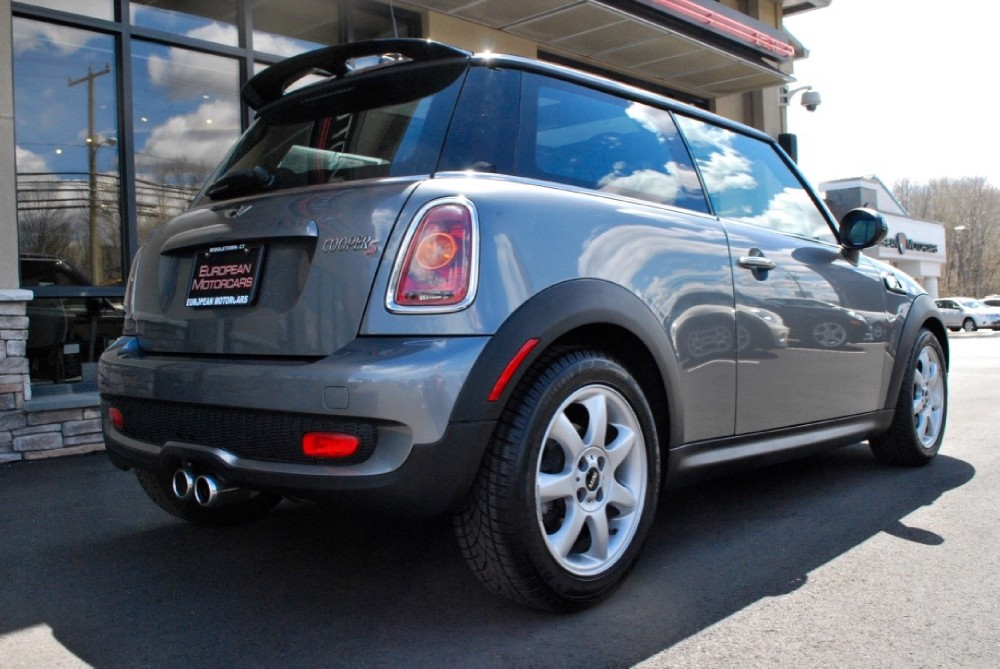 2008 mini cooper s for sale near middletown ct ct mini dealer stock t93281. Black Bedroom Furniture Sets. Home Design Ideas