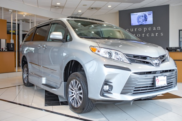 2019 Toyota Sienna HANDICAP VAN
