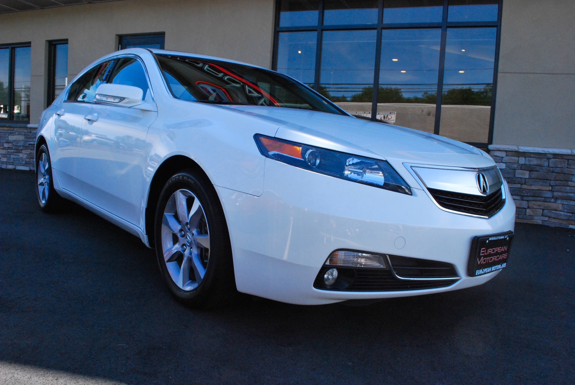 2012 acura tl for sale near middletown ct ct acura dealer stock 040587. Black Bedroom Furniture Sets. Home Design Ideas