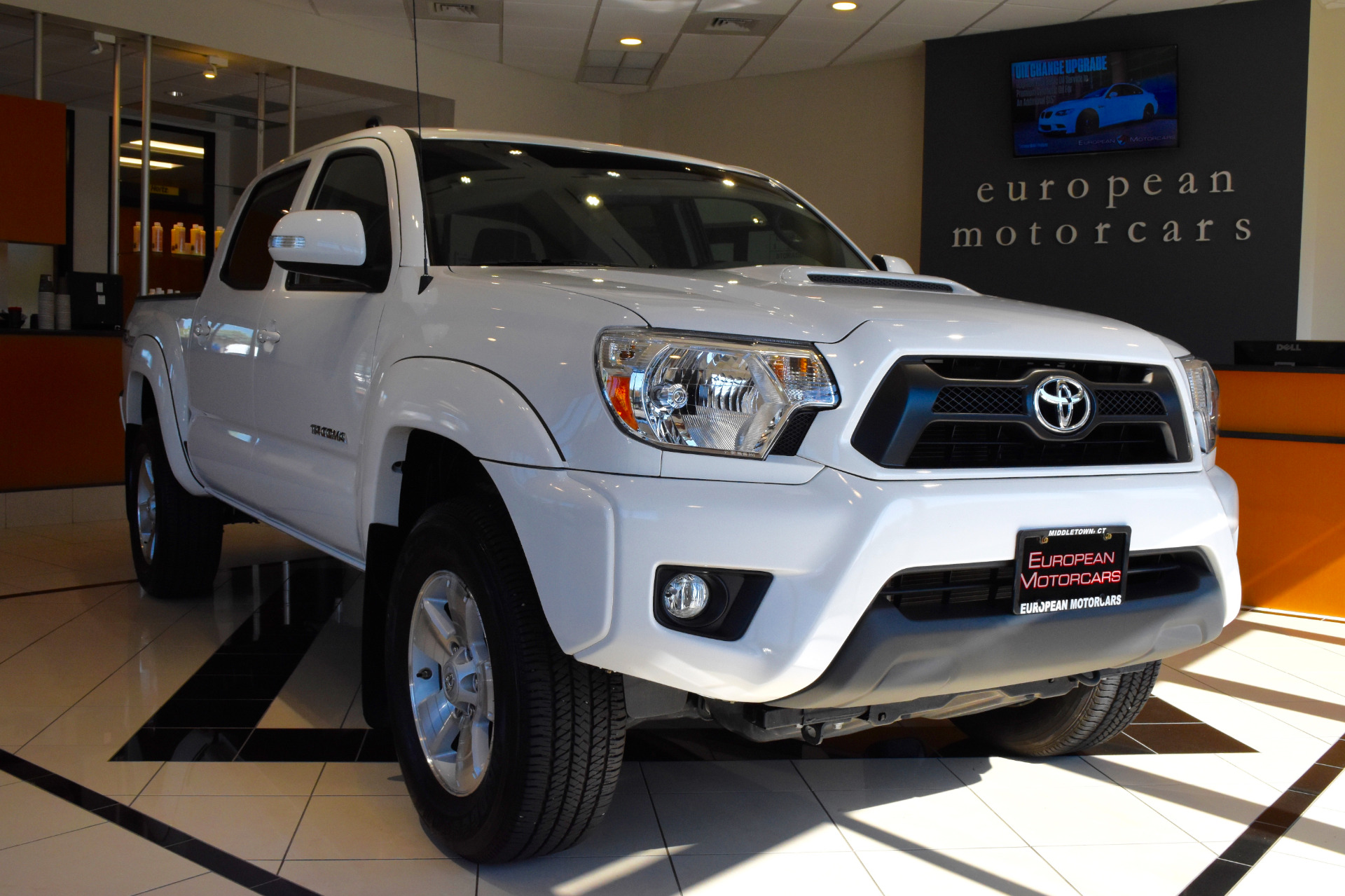 2015 toyota tacoma double cab 4x4 trd sport v6 for sale near middletown ct ct toyota dealer. Black Bedroom Furniture Sets. Home Design Ideas