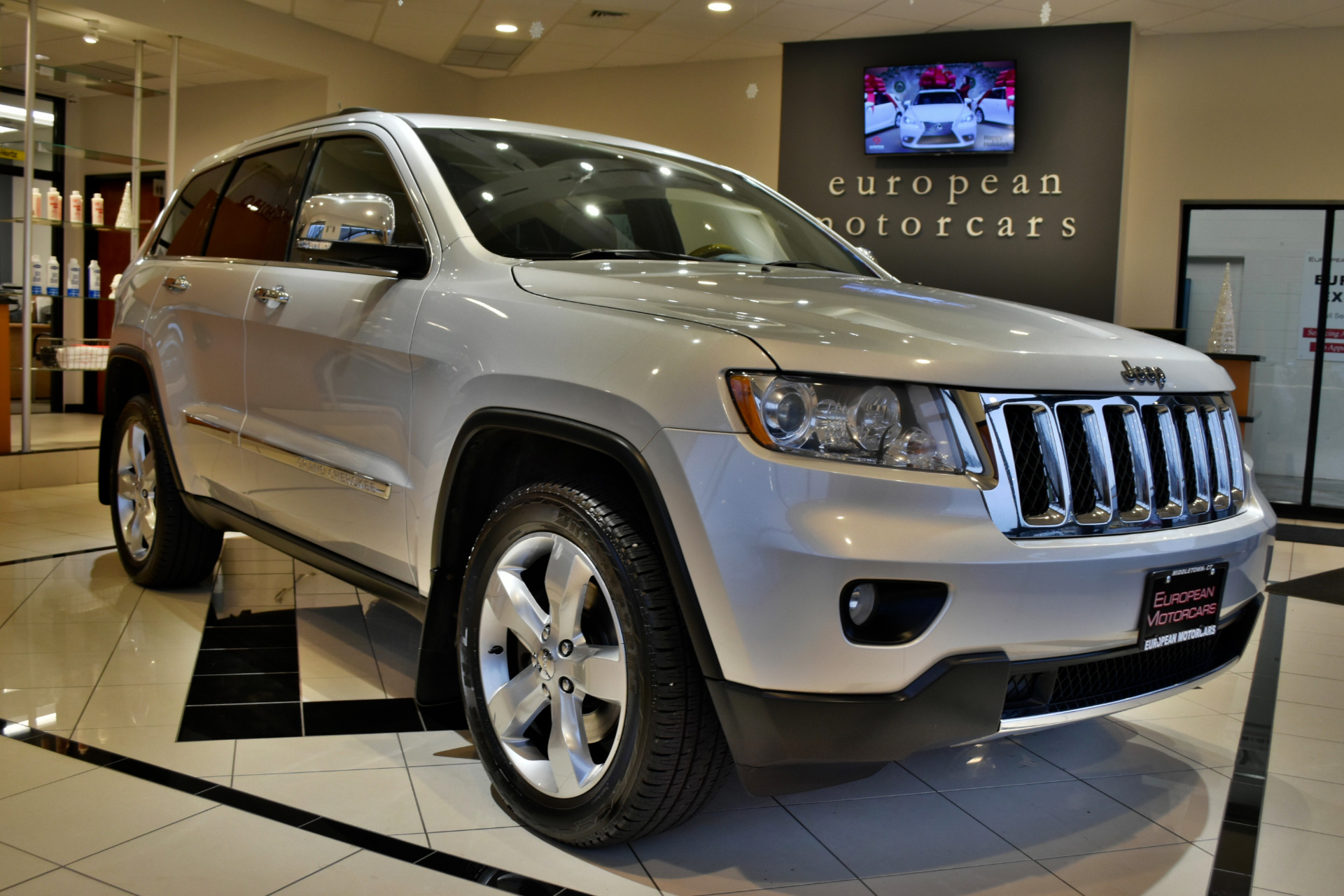 2011 Jeep Grand Cherokee Overland for sale near Middletown CT